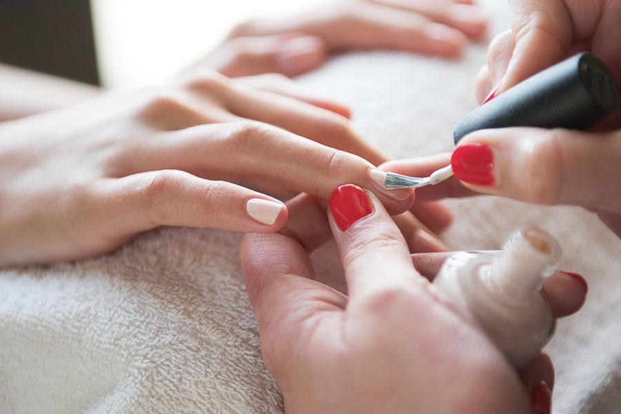 Poole Dorset Aveda Salon Nail Manicure