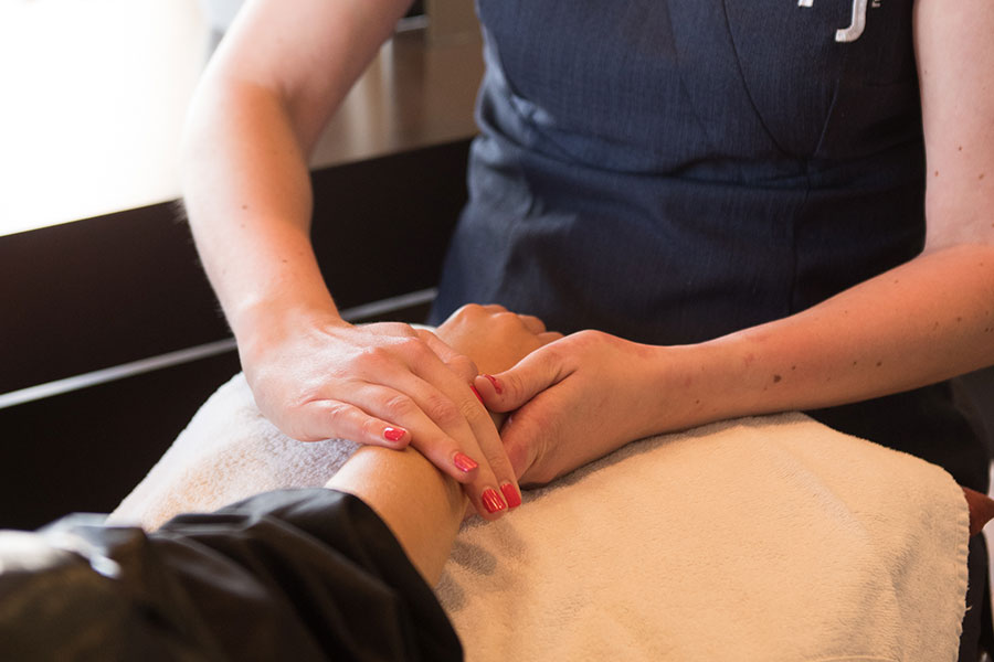 Poole Dorset Aveda Spa Salon Massage Treatment